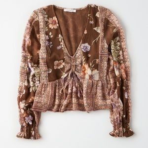 AMERICAN EAGLE Brown Cinched Top